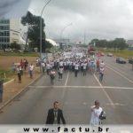 FACTU participa da Caminhada em Defesa da Saúde Pública