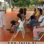 Acadêmicos do curso de Enfermagem realizaram aulas práticas na quadra do bairro Bela Vista