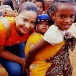 Egressa do curso de Enfermagem participa da Caravana da Saúde em Madagascar